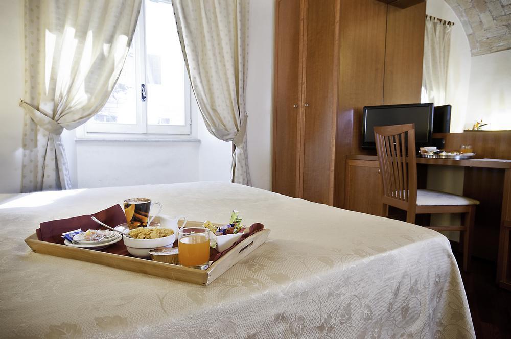 Camera Doppia Hotel Priscilla Tre Stelle in Centro a Roma